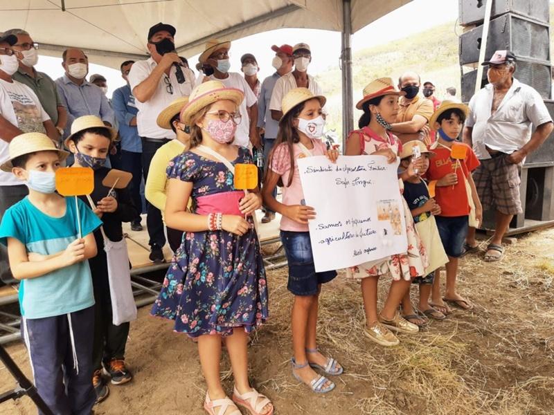 Ingá, terra das Itaquatiaras, desenvolve projeto de Algodão Orgânico na Paraíba